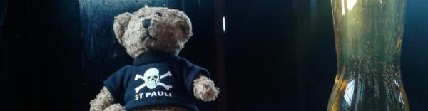 St Pauli Teddy